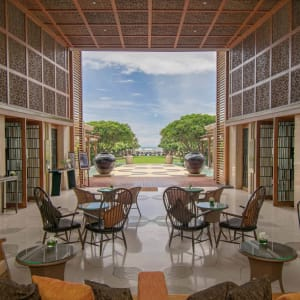 Intercontinental Hua Hin Resort: Lee La Bar