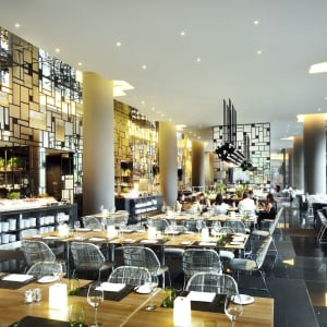 Parkroyal Collection Pickering in Singapur:  Lime Restaurant