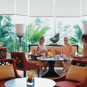 Shangri-La Bangkok: Lobby Lounge Afternoon Tea