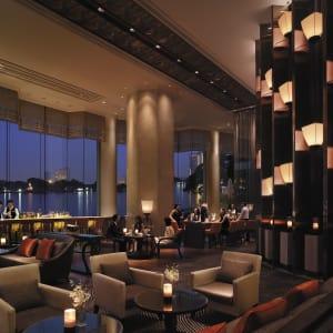 Shangri-La Bangkok: Long Bar