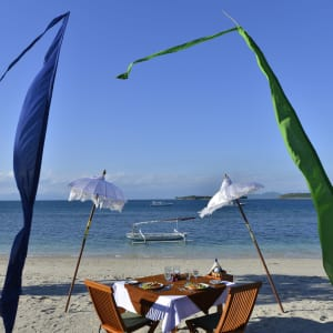 Cocotinos in Lombok: Lunch at the beach