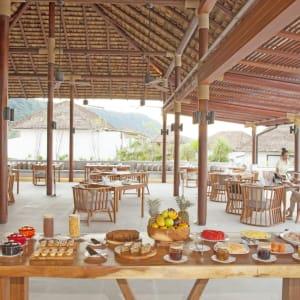 The Royal Sands Koh Rong in Sihanoukville & Inseln:  Ocean Restaurant | Breakfast Buffet