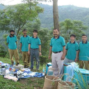 Glenburn Tea Estate in Darjeeling: outdoor kitchen
