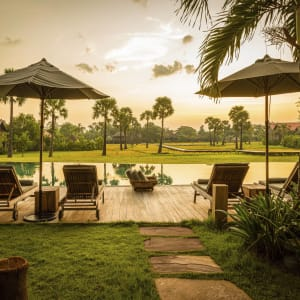 Phum Baitang in Siem Reap: Pool Bar