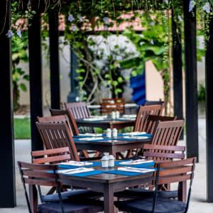 Anantara Hoi An Resort: Reflections Poolside Dining
