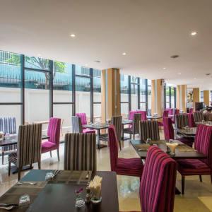 Icon Bangkok: Restaurant