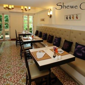 Shewe Wana Boutique Resort & Spa in Chiang Mai: Restaurant (Dinner)