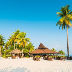 Sivalai Beach Resort in Ko Mook: Restaurant from outside