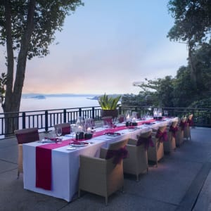 Banyan Tree Bintan: Restaurant Treetops