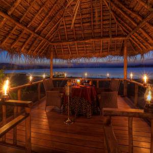 Evolve Back Kuruba Safari Lodge à Parc national de Nagarhole: Romantic Dining