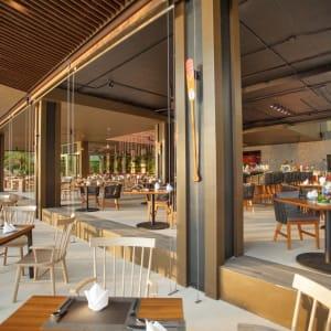 Ramada Resort by Wyndham Khao Lak:  Sassi's Beach Club