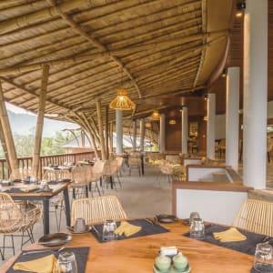 Wapa di Ume Sidemen à Ouest de Bali: Sleeping Gajah Kitchen and Bar