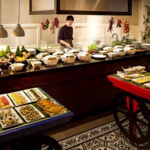 Sofitel Legend Metropole à Hanoi: Spices Garden - Buffet