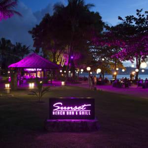InterContinental Bali Resort à Sud de Bali: Sunset Beach Bar & Grill - Night Time
