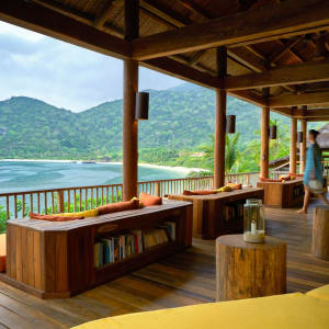 Six Senses Ninh Van Bay in Nha Trang:  The bar