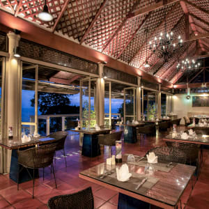 Centara Villas Phuket: The Cliff Restaurant