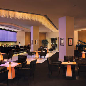 The Oberoi in Mumbai: The Eau Bar