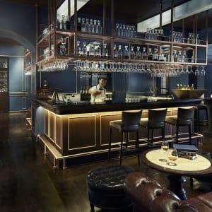 Anantara Chiang Mai Resort: The Service 1921 Bar