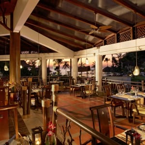 Rawi Warin Resort and Spa à Ko Lanta: The Watermark Seafood _ Grill