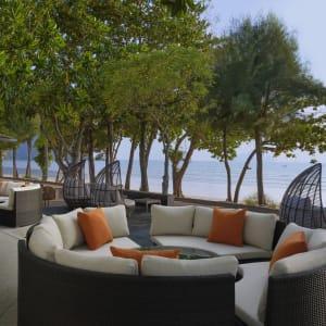 Aonang Villa in Krabi: White Elephant Restaurant