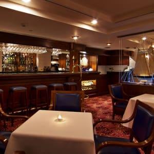 The Riviera in Taipei: Yacht Club