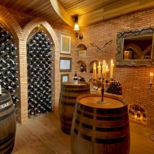 Zazen Boutique Resort & Spa in Ko Samui: Zazen restaurant's wine cellar