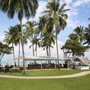 JW Marriott Khao Lak Resort & Spa: Beach bar