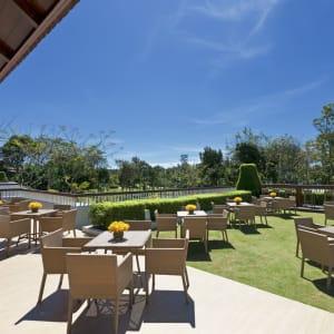 Dusit Thani Krabi Beach Resort: Club