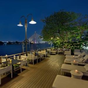 Riva Surya in Bangkok: Deck beside the pool