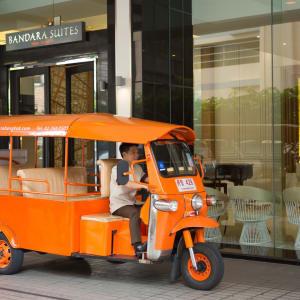 Bandara Suites Silom à Bangkok: Hotel Tuktuk