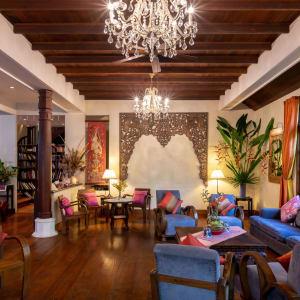 Ariyasom Villa in Bangkok: Library & Meeting area
