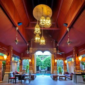 Burasari à Phuket: Lobby