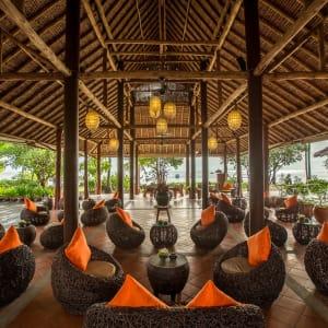 Phi Phi Island Village Beach Resort in Ko Phi Phi: Lobby
