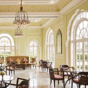 Jai Mahal Palace in Jaipur:  Lobby