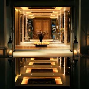 Riva Surya in Bangkok: Lobby
