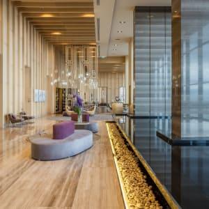 AVANI+ Riverside Bangkok Hotel: Lobby