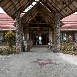 Papouasie – un voyage dans un autre temps de Jayapura: facilities: Lobby