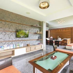 Khao Lak Bayfront Resort: Lobby