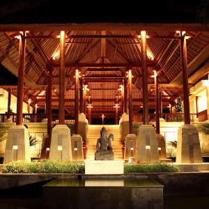 The Ubud Village Resort & Spa:  Lobby Resort
