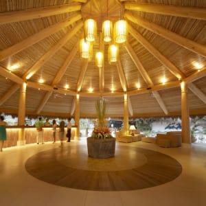 Bluewater Maribago Beach Resort in Cebu: Main Lobby