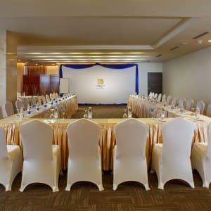 Jasmine Palace in Yangon: Meeting Room
