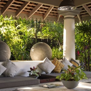 The Wallawwa in Colombo: Relax in the Gardens