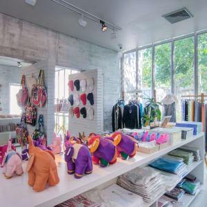SALA Phuket Mai Khao Beach Resort: SALA Shop