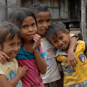 Flores - Traditionen, Riten und Vulkane ab Ende: Flores kids
