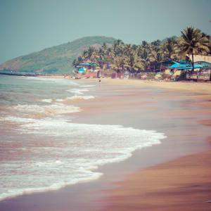 Karnatakas kulturelles Vermächtnis ab Goa: Goa: Anjuna beach