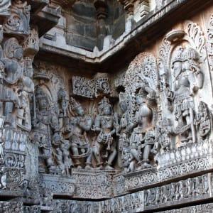 Le sud diversifié de l'Inde de Kochi: Halebid: Temple details