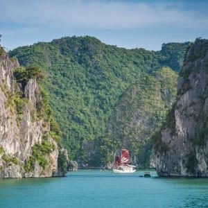 Impressionen Nordvietnams & Halong Bay Kreuzfahrt ab Hanoi: Halong Bay