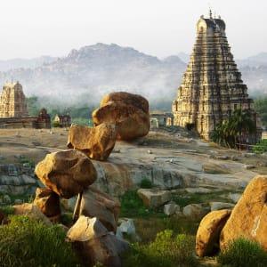 Trésors culturels du Karnataka de Bengaluru: Hampi: mystic morning