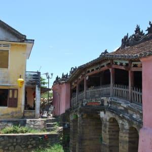 Découverte active du centre du Vietnam de Hué: Hoi An: Japanese Bridge