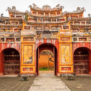 Découverte active du centre du Vietnam de Hué: Hue: Gate of the Forbidden City